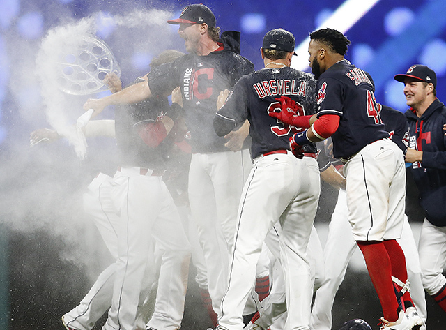 Cleveland Indians Win American League Record 21st Straight Game