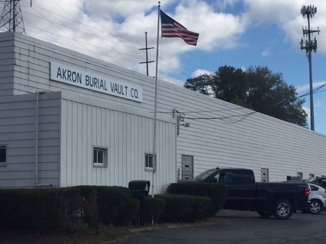 Akron police: Suspect breaks into crematory and tries to cremate a corpse