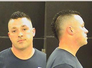 Yankees fan arrested for punching Indians fan