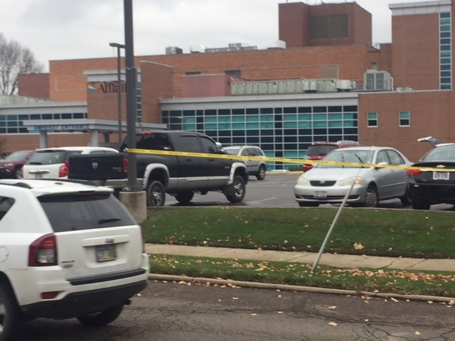 Man shoots doctor in parking lot of OH  hospital, kills himself