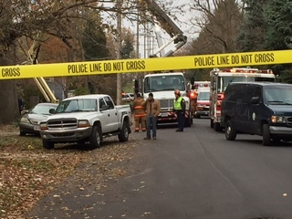 2 workers electrocuted in Akron, one dead