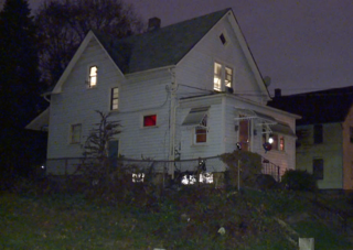 Canton toddler dies after oven falls on him