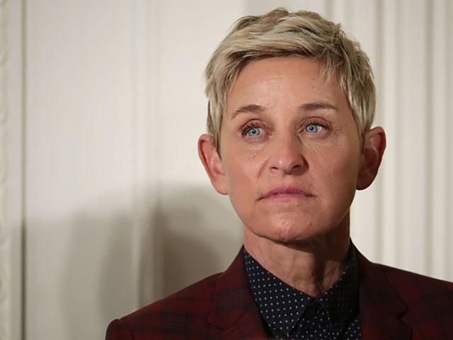 Ellen DeGeneres reveals that her father Elliott has died