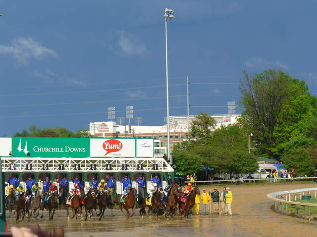 Kentucky derby early wagering pool opens today news 5 for Show pool horse racing