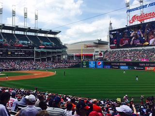 Indians near weekend sellout against the Yankess
