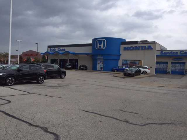 Suspect Steals Cars From Rick Case Honda In Euclid   News 5 Cleveland