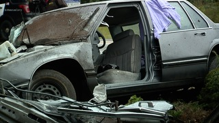 Man flees court, leads cops on chase & crashes