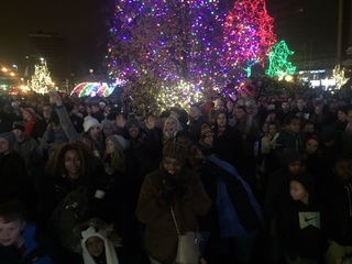 PHOTOS: Tree lighting at Cleveland Winterfest