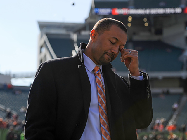Winless Browns fire VP Sashi Brown
