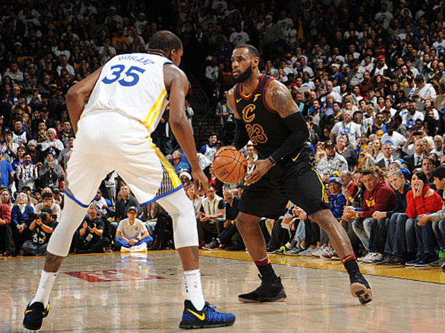 Former Cavs Superstar Baron Davis Takes A Huge Shot At Kevin Durant