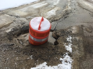 Concerns about hole in Sagamore Hills street