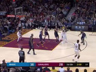 LeBron makes impressive pass to Dwyane Wade