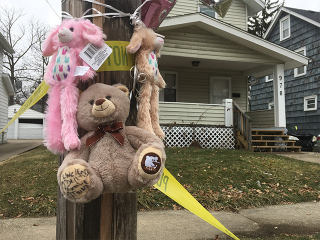 Manhunt for Akron native accused of shooting, killing 4-year-old