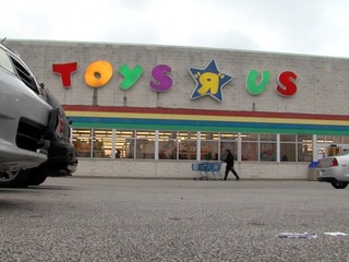 What you need to know about Toys 'R' Us closing