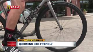 Cyclists deal with aggressive drivers in Akron