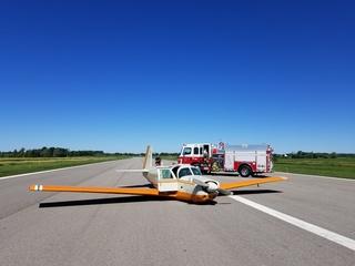Plane makes emergency landing in Wayne County