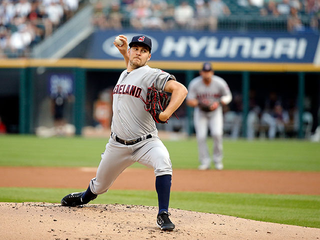 Starting pitcher Bauer on DL for stress fracture