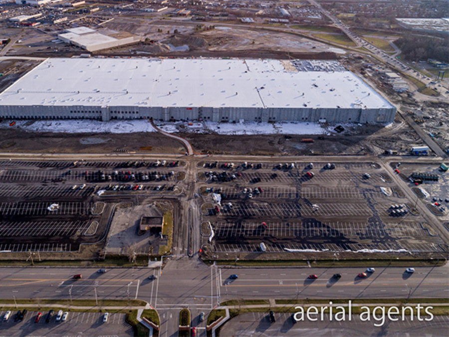 Cleveland Auto Mall >> Sneak peak: Amazon gives tour of new fulfillment center in North Randall - News 5 Cleveland