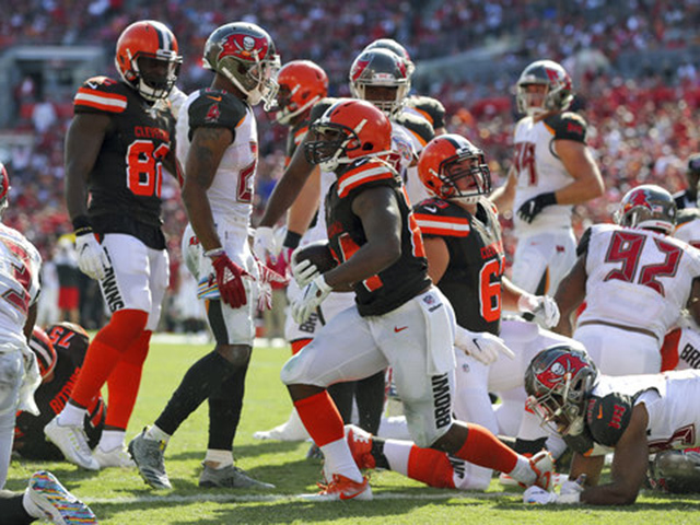 Cleveland Browns fall to Buccaneers, 26-23