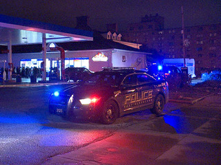 1 man dies in shooting at gas station