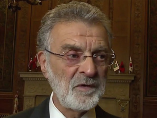 Mayor defends hiring Lance Mason